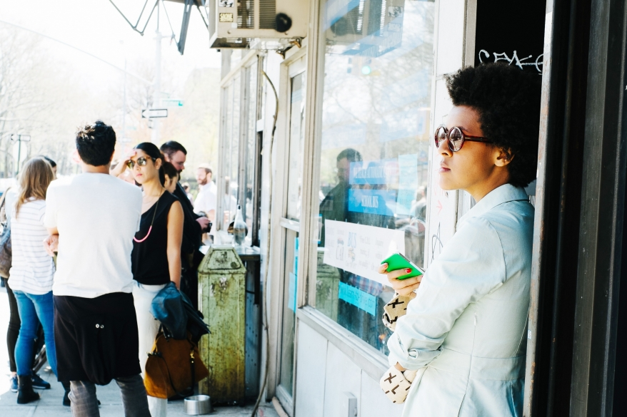 Kvinna med solglasögon, Brooklyn New York
