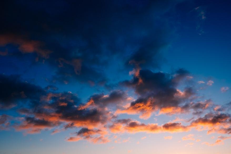 Sky at sunset. Photographer: Helena Bergqvist.