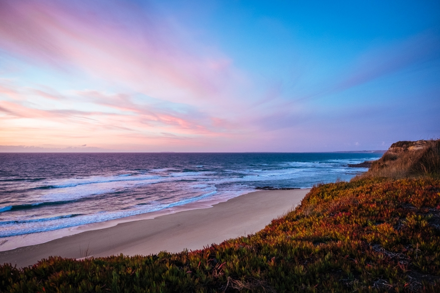 Solnedgång i Portugal. Foto.